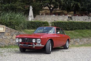 1973 alfa romeo 2000 gt veloce classic automobiles. Black Bedroom Furniture Sets. Home Design Ideas